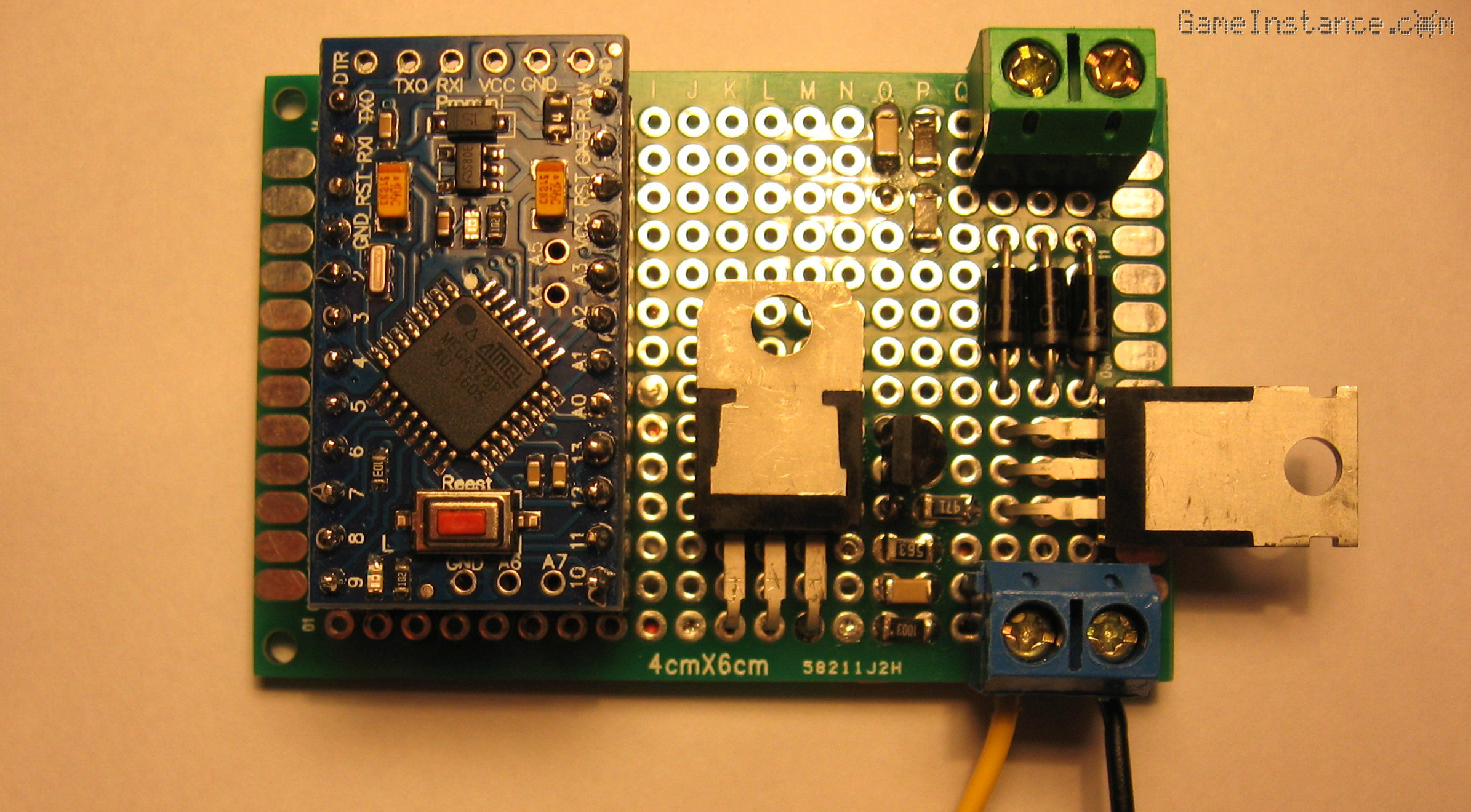 Simple Solar Battery Charger Using The 7805 Voltage Regulator Circuit Further Component Side Of Prototyping Pcb